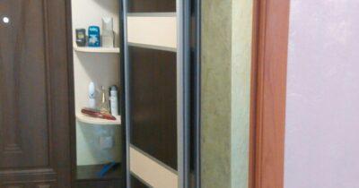 Угловий шкаф купе для прихожої