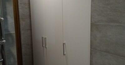 Шафа у ванну кімнату